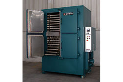 Grieve Corp cabinet oven drying pellets