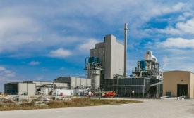 DuPont cellulosic ethanol biorefinery in Nevada Iowa opens corns stover whole stillage